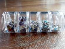 Баночка 5-ти ярусная для хранения мелких предметов: фурнитуры, бусин и т. д. Баночка состоит из 5 ярусов завинчивающихся друг на дружку,
