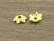 Шапочка серебряная позолоченная, форма цветка, для бусин от 7 до 12 мм, серебро 925 пробы с покрытием-золота.
