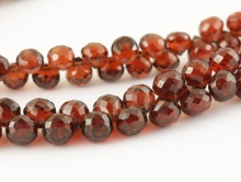 Камень-гранат натуральный, огранка ручная, форма луковка, цвет-красно-коричневый с золотистым оттенком, размер средний–4,5х4,5 мм.