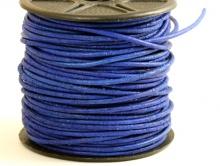 Кожаный шнур 1.5 мм. круглый матовый, не гладкий, цвет сочный-синий.. Изготовлен из кожи, произведен в Индии, натуральный краситель.