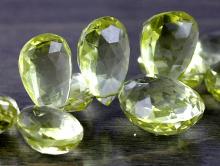 Камень-лимонный топаз натуральный, крупный ограненный, форма обьемноголепестка, качество класса премиум,