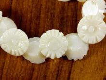 Коралл белый 8х6 мм.,