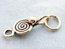 Замочек-крючок из серебра, материал-серебро 925 пробы (92.5%) размер-17 мм., используется для создания украшений Handmade: