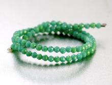 Бусины-камень хризопраз натуральный ограненный Цвет-изумрудно-зеленый, сочный полупрозрачный
