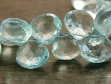 топаз голубой, бусина огранённая формы лепесток, цвет голубой прозрачный чистый