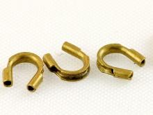 Протэктор для ювелирного тросика или нити, размер–4.5х4 мм. вн. отв. 0.5 мм. Цвет–античная латунь (состаренная),