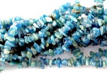 Нить бусин, камень натуральный–апатит, крошка гладкая.Цвет-морской волны, с природными включениями