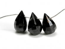 Бусины формы бриолет, огранённый, натуральный камень–шпинель черная. Цвет-черный, огранка ручная, размер 10х5.8 +-0.5 мм.