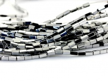 Бусины-распорки, камень-гематит натуральный. Форма-прямоугольная, размер–3х1.5 мм. вн.отв. 0,6 мм., цвет-серебро (фурнитура для украшений с винтаж).