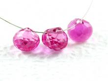 Бусина огранённая формы -луковка, камень иск. выращенный - шпинель, цвет-розовый.Огранка-ручная.