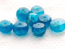 Бусина-рондель, ограненная, камень-апатит натуральный, очень красивый, тепло-голубого сочного цвета, прозрачный,