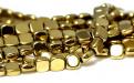 Бусины-гематит натуральный, форма бусин-прямоугольная. Цвет-желтое золото с металлическим блеском.