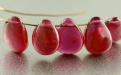 бусина гладкая Натуральный камень-корунд(рубин), цвет-приглушенный малиново-розовыйполупрозрачный,