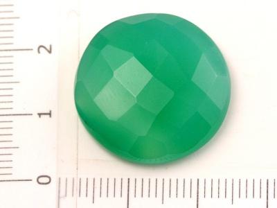 Кабошон круглый гранёный, цвет изумрудно-зелёный, полупрозрачный, красиво будет смотреться в медной проволочной оправе.