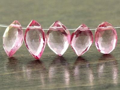 бусины из натурального камня розовый топаз Лепесток ограненный
