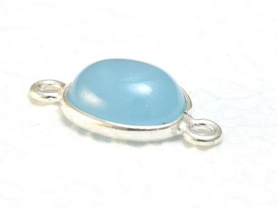 Коннектор серебряный скабошоном из натурального камня-флюорит. Вставка-кабошон полированный, камень нежного холодного голубого цвета, овальнаяформа.